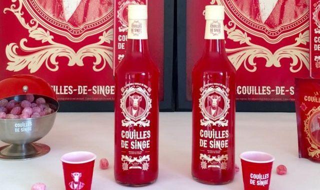 14 Il ou elle aime bien boire des boissons étranges, donnez lui un petit coup de Couilles de singe au goût cerise