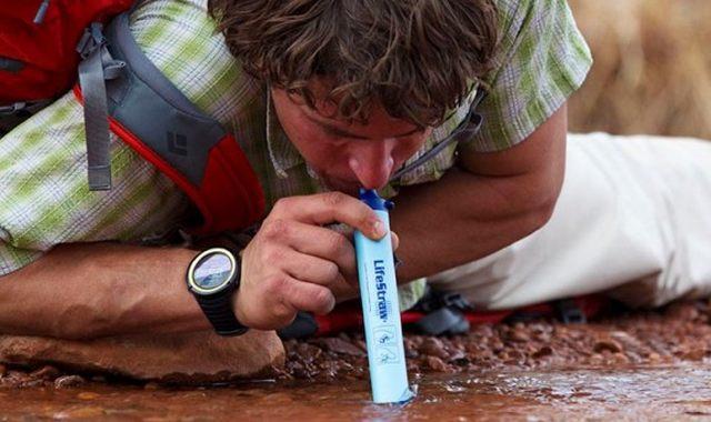 19 LifeStraw est un filtre à eau qui a reçu le prix de la meilleure invention par le magasine Times Buvez de l'eau en toute sécurité maintenant