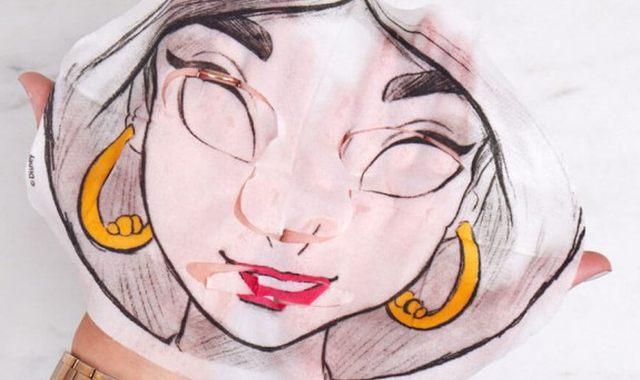 8 Offrez à votre meilleure pote la possibilité d'avoir la peau des princesses Disney