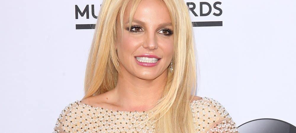 Britney Spears profite de ses vacances au paradis ! (PHOTO)