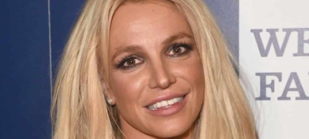 Britney Spears prouve que les paparazzi l'enlaidissent ! (VIDEO)