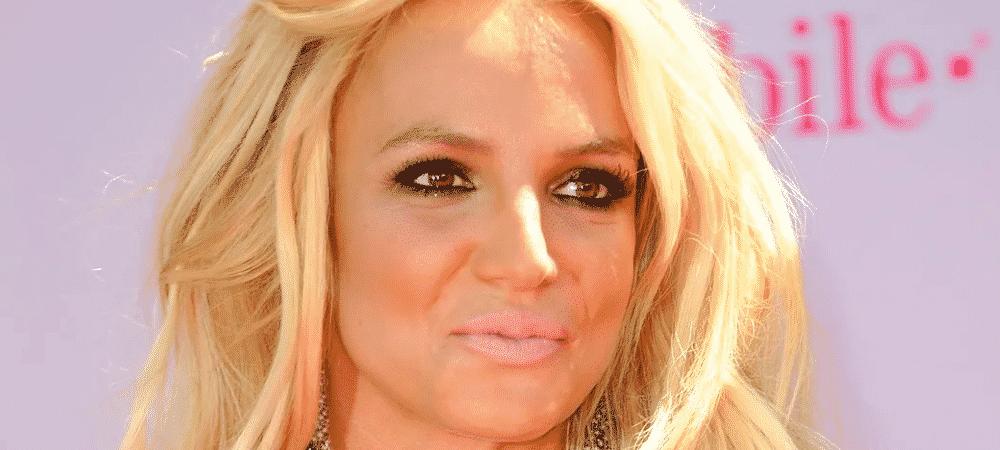 Britney Spears ridiculisée par les paparazzi elle pousse un coup de gueule