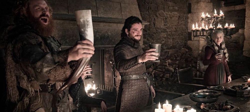 Game of Thrones: l'acteur qui a oublié le gobelet Starbucks dévoilé !
