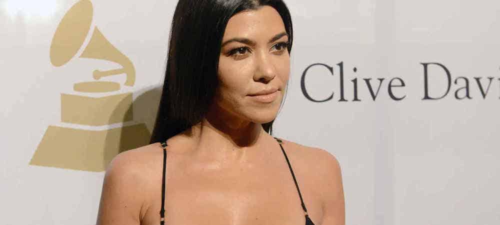 Kourtney Kardashian nostalgique ? Elle dévoile une photo d'elle nue et enceinte