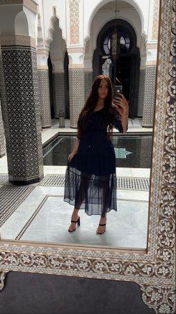 Nabilla se dévoile dans une robe transparente à Marrakech ! (PHOTO)