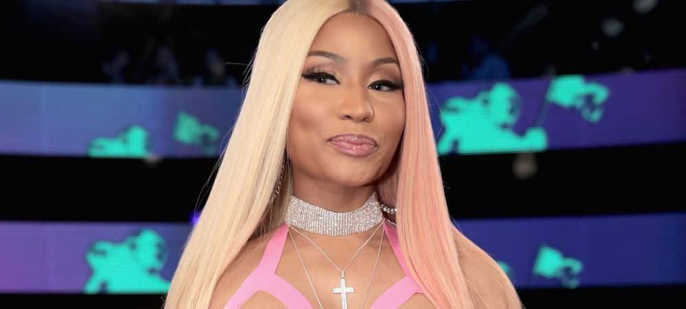 """Nicki Minaj dévoile les coulisses de son clip """"Megatron"""" ! (VIDEO)"""