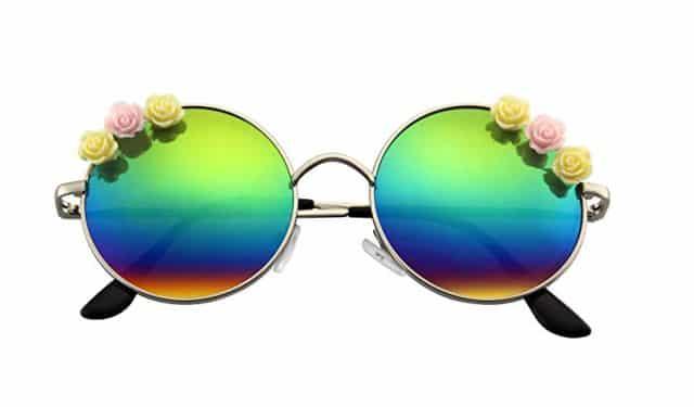 8 Tu es un peu peace and love et très proche de la nature, ces lunettes refléteront ta personnalité