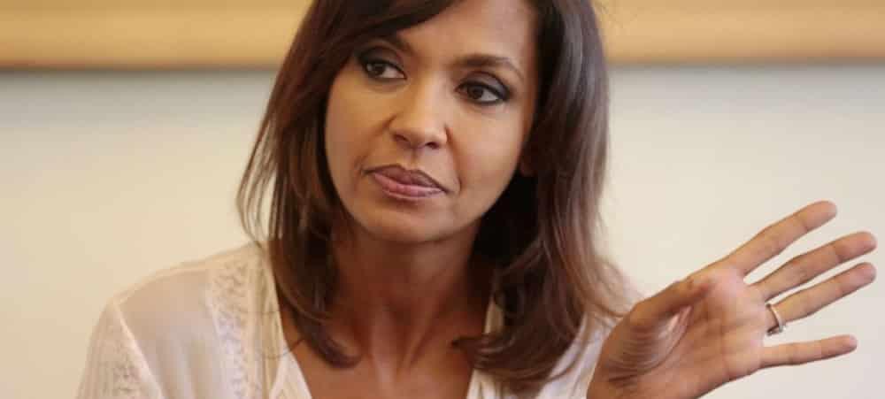 """Karine Le Marchand critiquée pour sa """"sexualité débridée"""": elle pousse un gros coup de gueule !"""