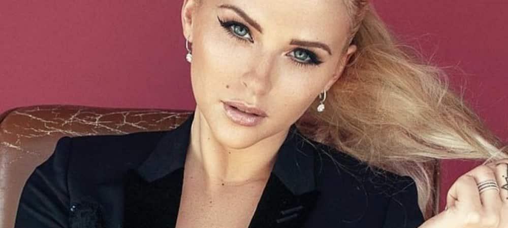 Kelly Vedovelli critiquée sur son physique: elle répond aux haters !