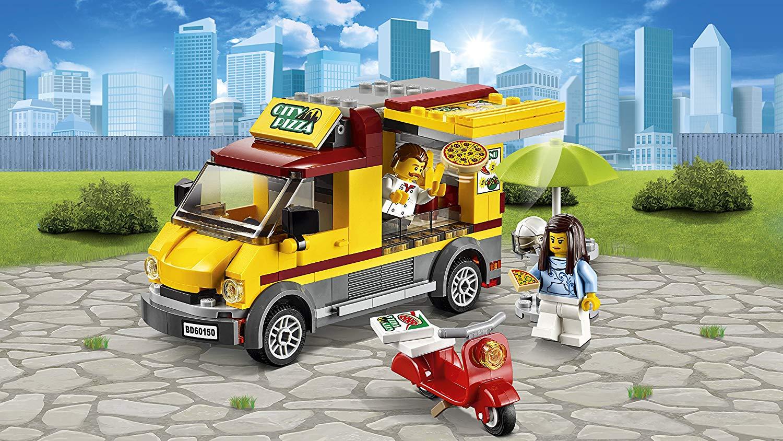 12 Construisez vous même votre propre camion à pizza avec Lego. Un super cadeau de Noël ou d'anniversaire pour les petits et aussi les grands