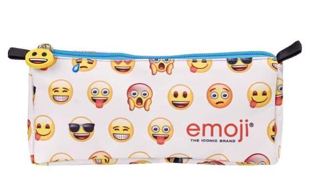 14 Tu mets des emojis dans toutes tes conversations sms ou sur les réseaux sociaux. Prends cette trousse pur la rentrée 2019 !
