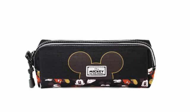 15 Les fans de Mickey vont l'adorer. Et en plus on peut y mettre des stylos, des bonbons ou encore du maquillage