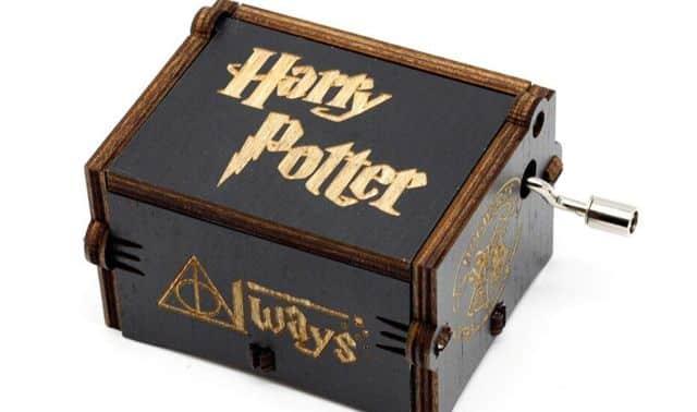 58 Une autre idée cadeau originale pour les fans de Harry Potter, cette jolie boite à musique