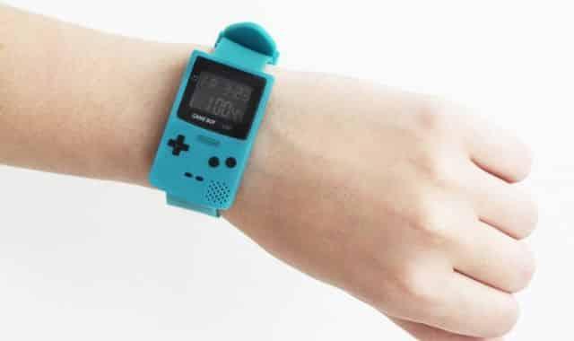 6 Pour être à l'heure en cours, MCE te propose cette montre Gameboy color. Elle vous rappellera votre enfance