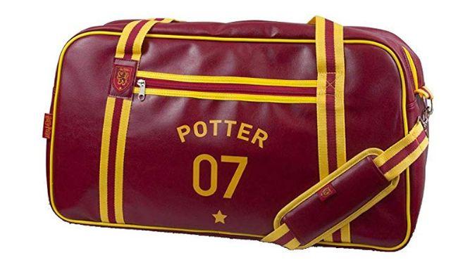 75 Ce sac de Quidditch peut vous être très utile. Emmenez le partout, en cours, en soirée ou aussi au sport