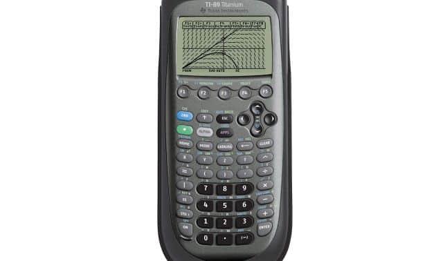20 La calculatrice graphique TI89 Titanium gère les fonctions de calcul, d'algèbre, de matrices et aussi de statistiques