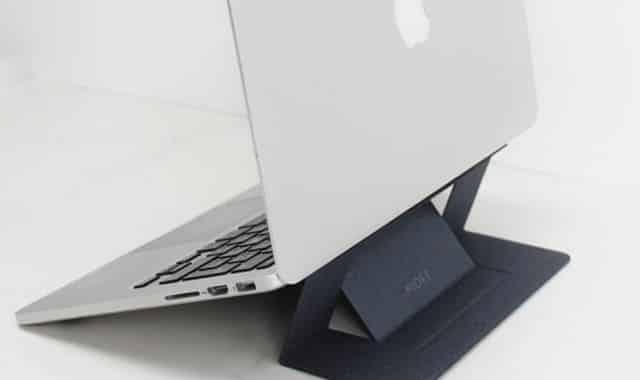 21 Vous regardez vos séries préférées sur votre Pc ou Mac portable et il chauffe beaucoup. Prenez en soin avec ce support pour ordinateur invisible