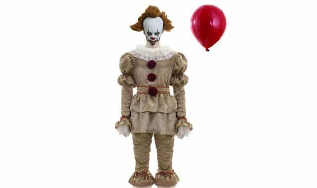 6 Ce déguisement de clown fait vraiment flipper. Personne ne va oser vous parler pendant toute la soirée Halloween