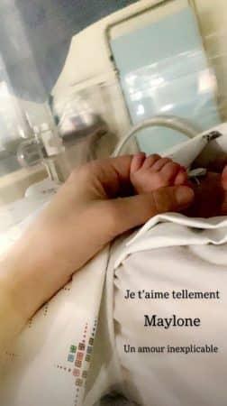 Jessica Thivenin à l'hôpital pour Maylone: elle dévoile une photo de son bébé !