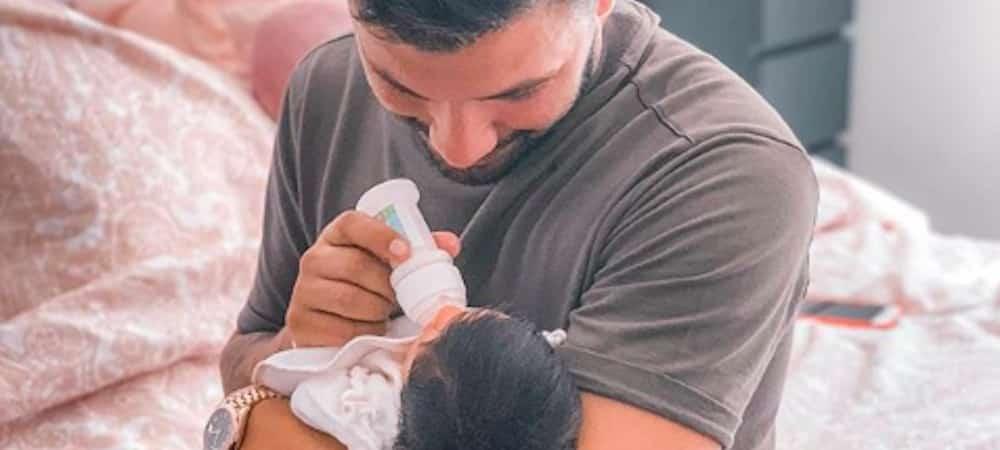 Kevin Guedj papa comblé: sa fille Ruby lui fait un grand sourire, l'adorable photo !