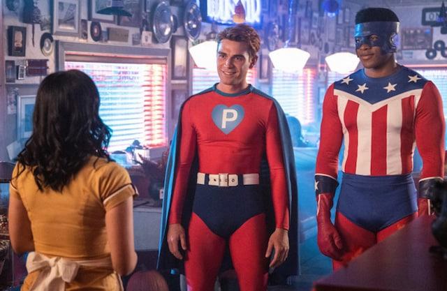 Riverdale saison 4: Archie en super-héros sexy pour Halloween ! (PHOTO)