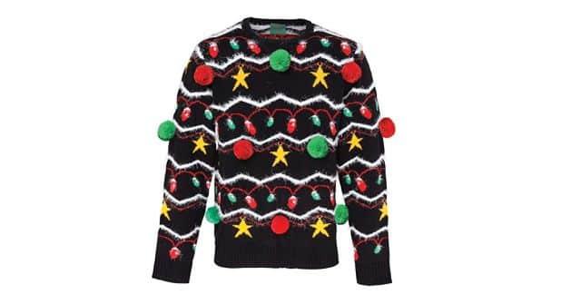 17 Alors là, vous allez toucher le pompon avec ce pull moche de Noël. Cap ou pas cap de le porter