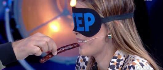 """Iris Mittenaere (VTEP): des internautes réagissent à cette épreuve jugée """"sexiste"""" !"""