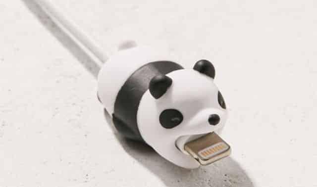 18 Marre d'acheter un chargeur de téléphone tous les 6 mois Ces petits animaux trop kiki sont la solution à votre problème. Laissez-faire ce petit panda, il va vous aider