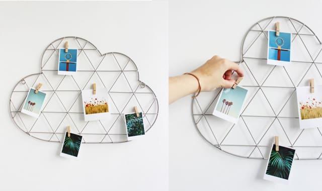 Grille murale nuage et ses pinces à linge. Un cadeau à offrir original et design. Pour que les souvenirs ne tombent pas aux oubliettes