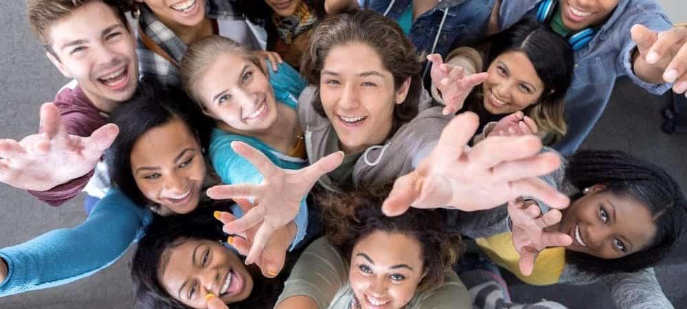 Le service civique propose des missions qui séduisent toujours plus de jeunes !