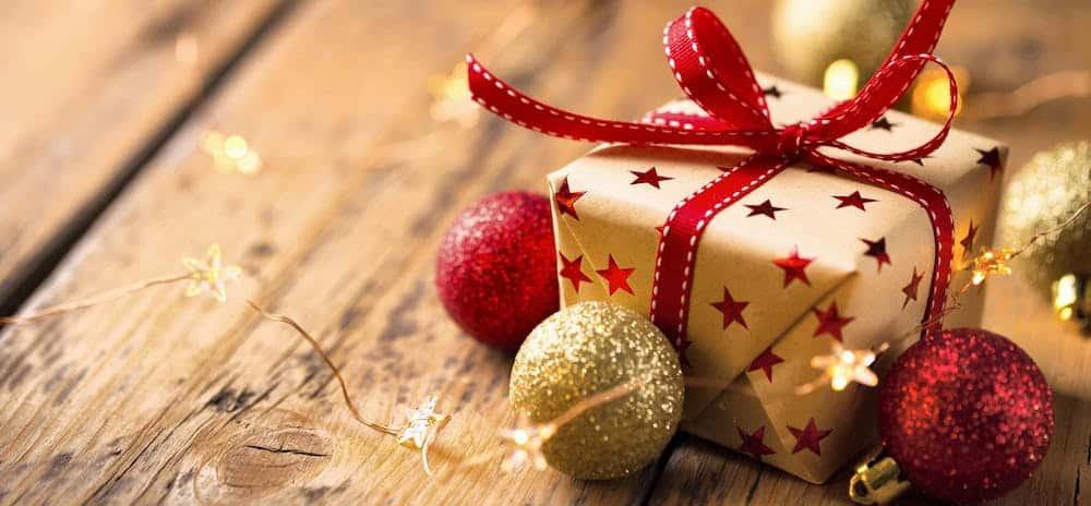 Noël La sélection des cadeaux parfaits à offrir à son copain ou sa copine