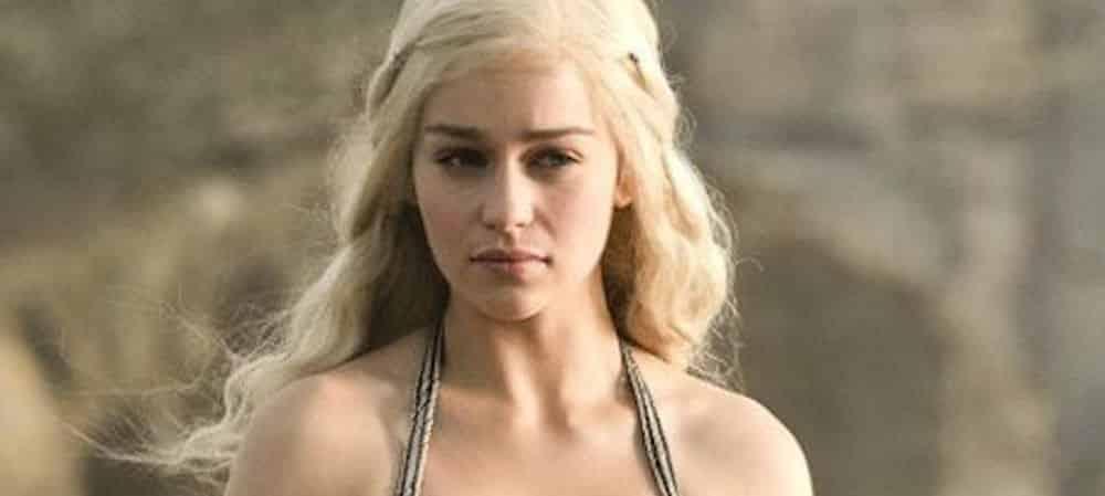 Emilia Clarke (Game of Thrones) réagit à la mode du prénom Khaleesi !