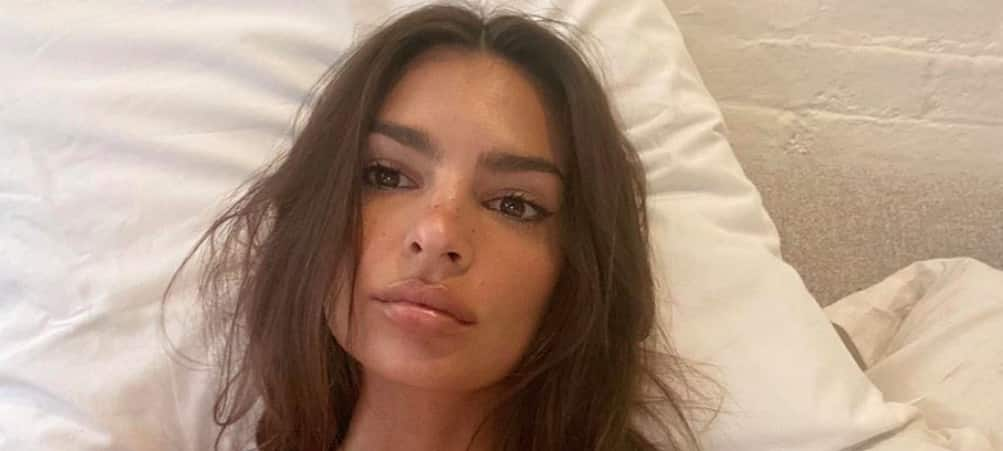 Emily Ratajkowski splendide- son make up on fleek fait sensation ! (PHOTO)