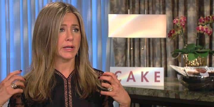 Jennifer Aniston: ses rares confidences sur son enfance compliquée !
