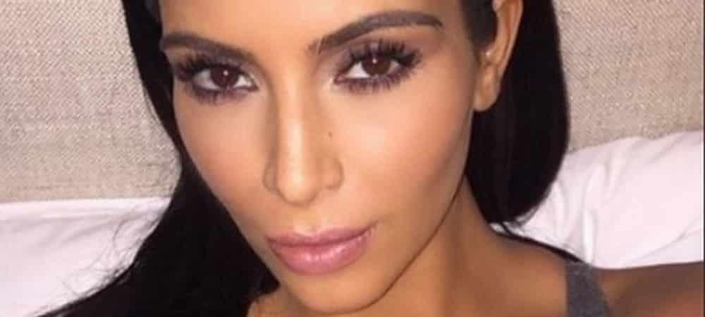 Kim Kardashian torride en lingerie satin: cet ensemble qui lui va à merveille !