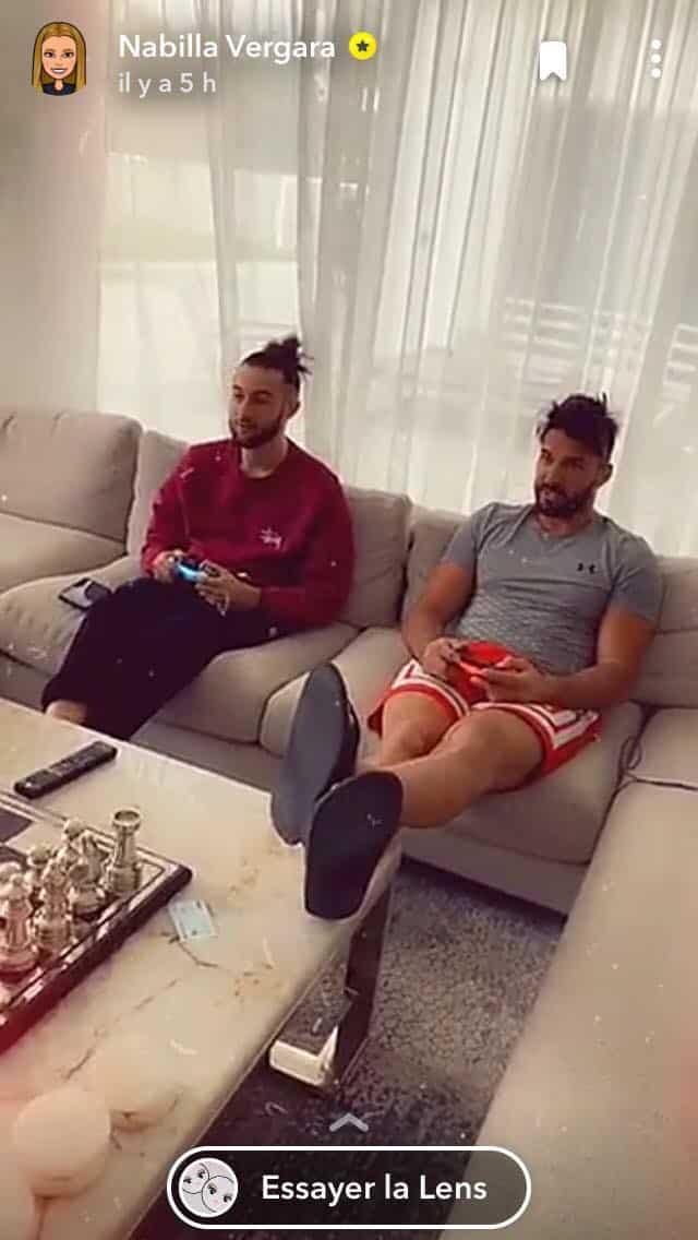 Nabilla choquée: son frère Tarek passe son temps avec Thomas Vergara !