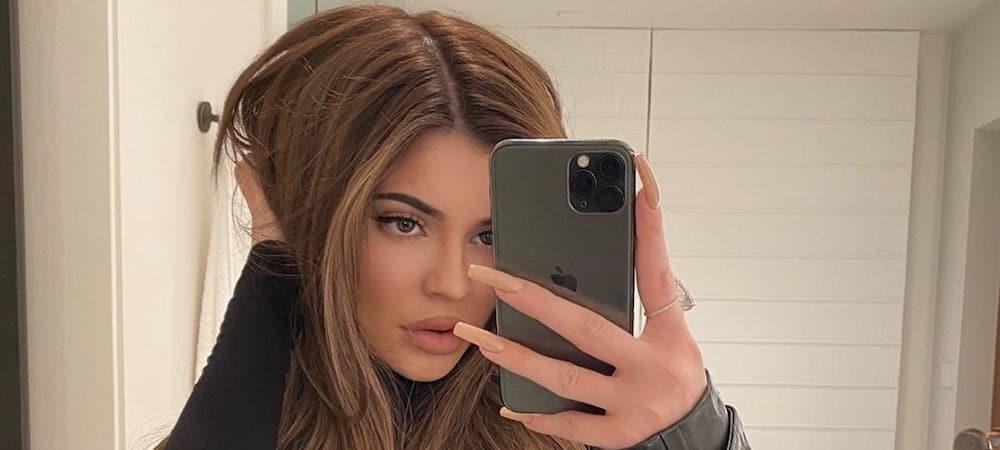 Kylie Jenner se fait arracher les dents de sagesse ! (PHOTO)