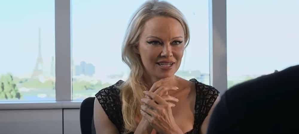 Pamela Anderson maman elle dévoile une rare photo de Brandon1000