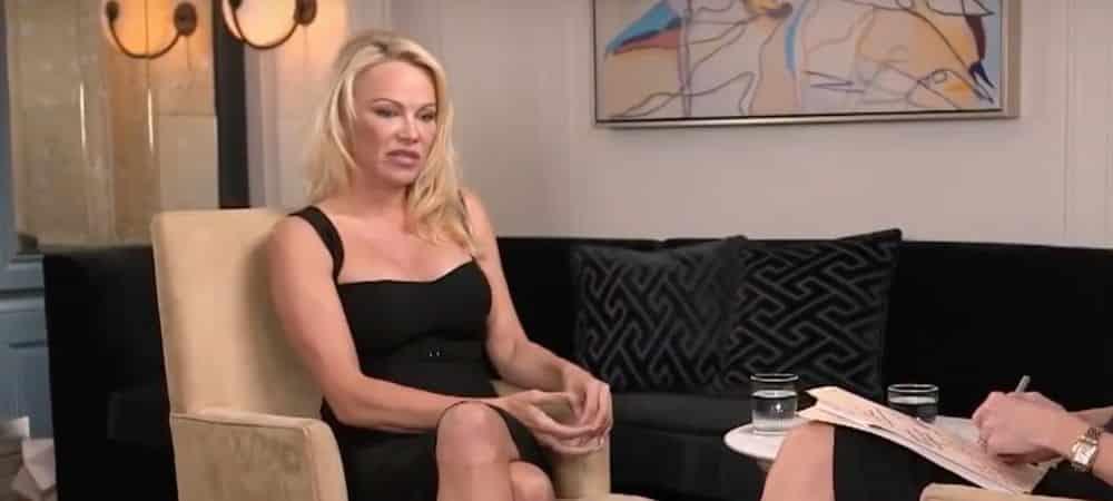 Pamela Anderson mariée avec Jon Peters par intérêt ? Elle riposte !