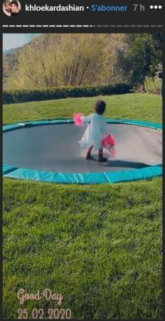 Khloé Kardashian: sa fille True s'éclate sur un trampoline géant !