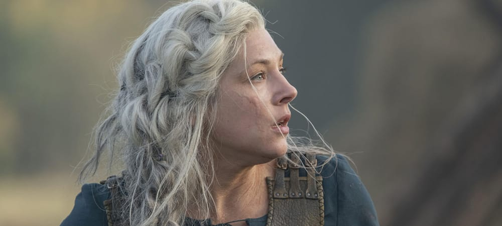 "Vikings saison 6: Katheryn Winnick a dû ""accepter de paraître vieille"""