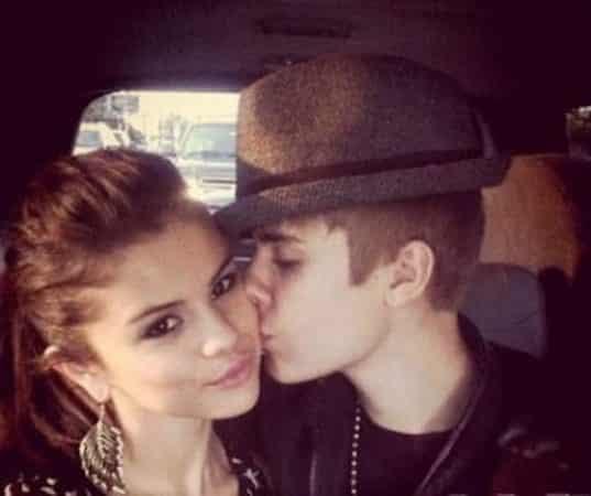 Selena Gomez like une photo sexy de Justin Bieber et annonce un hack 640