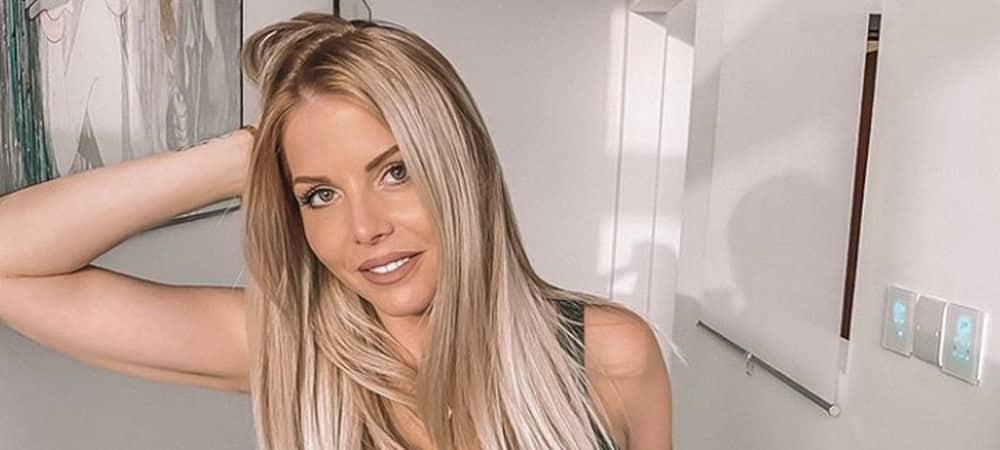 Jessica Thivenin dégoûtée par l'état catastrophique de ses cheveux !
