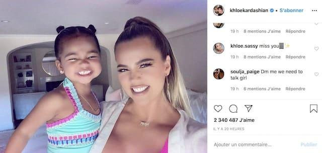 Khloé Kardashian et sa fille True ont le même sourire craquant !