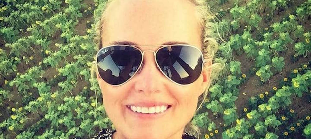 Laeticia Hallyday maman: elle est pleine de tendresse avec Jade