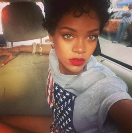 Rihanna: de chanteuse à créatrice de mode, elle réussit tout ! [PORTRAIT]