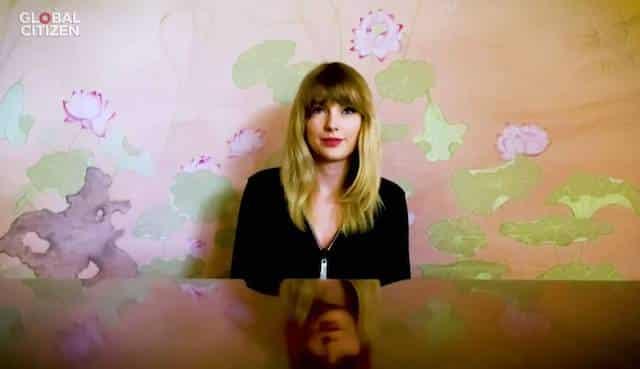 Taylor Swift fait un concert virtuel géant pour ses fans 640