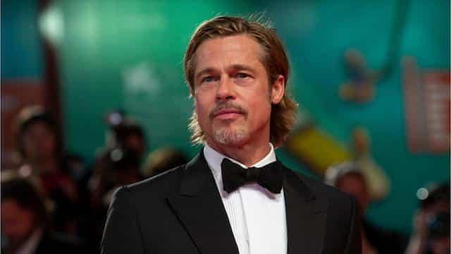 Brad Pitt- Alia Shawkat s'affiche masquée pour se rendre chez lui 640