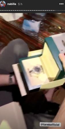 Nabilla offre une Rolex hors de prix à Tarek pour son anniversaire !