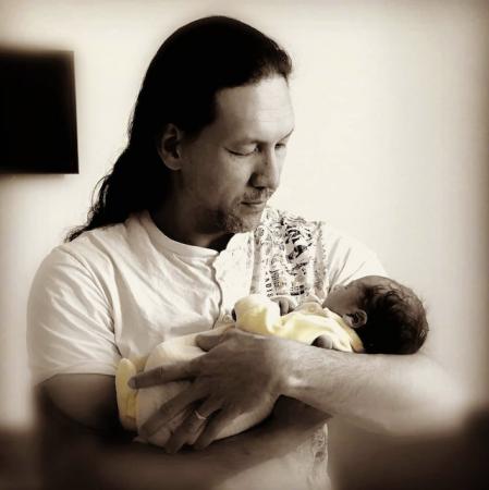Teheiura (Koh-Lanta 2020) est papa pour la quatrième fois !